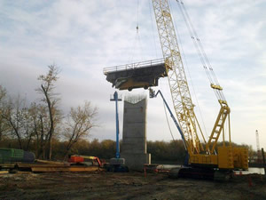 Halverson Construction Co. Inc. heavy/highway, commercial, industrial, bridge and railroad construction projects.